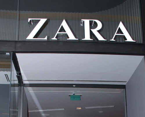 Exhibition Stand For Zara : Exhibition stands events display stands interior design graphics